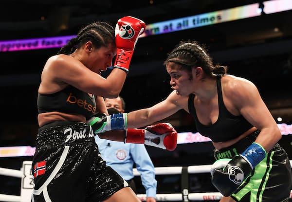 """Boxing: Juan Francisco Estrada Vs Roman """"chocolatito"""" Gonzalez Fight Night"""