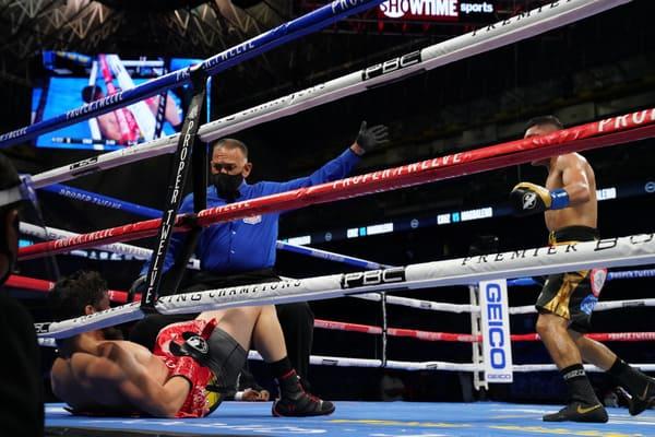 Cruz Vs Magdaleno Fight Night6