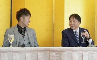 Inoue-aiming-at-his-third-belt06