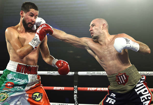 Jose Pedraza Vs Javier Molina Action5