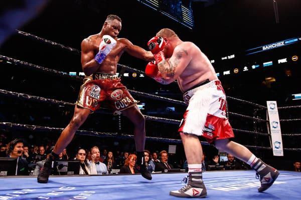 Lr Tgb Fight Night Sanchez Vs Dawejko Trappfotos 03072020 6094
