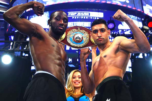 Terence Crawford Vs Amir Khan Pose