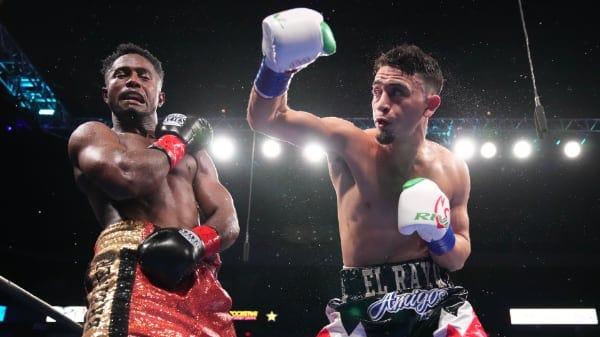 Valenzuela Vs Berrio Fight Night5