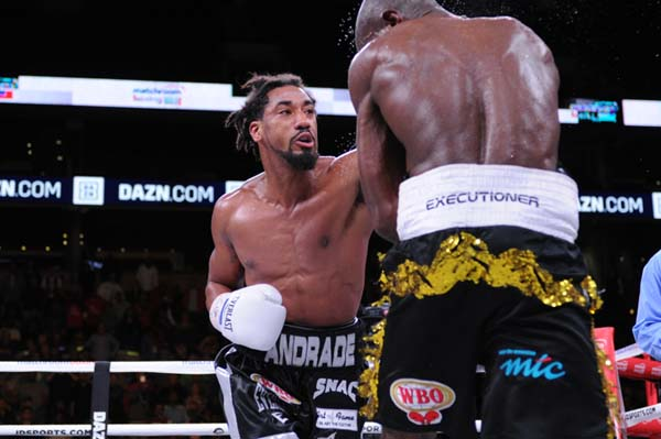 Andrade Victorious01