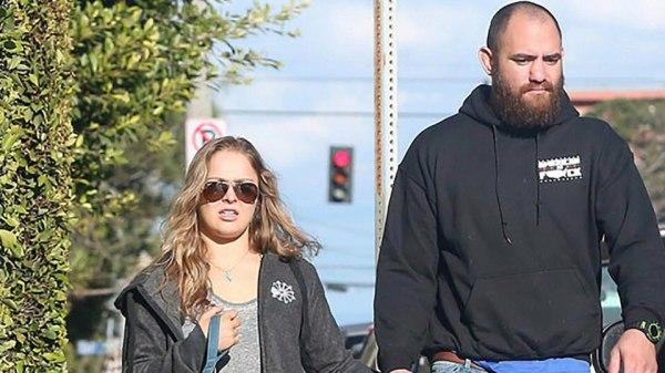 Ронда Роузи и Трэвис Браун обручены | Fightnews.info
