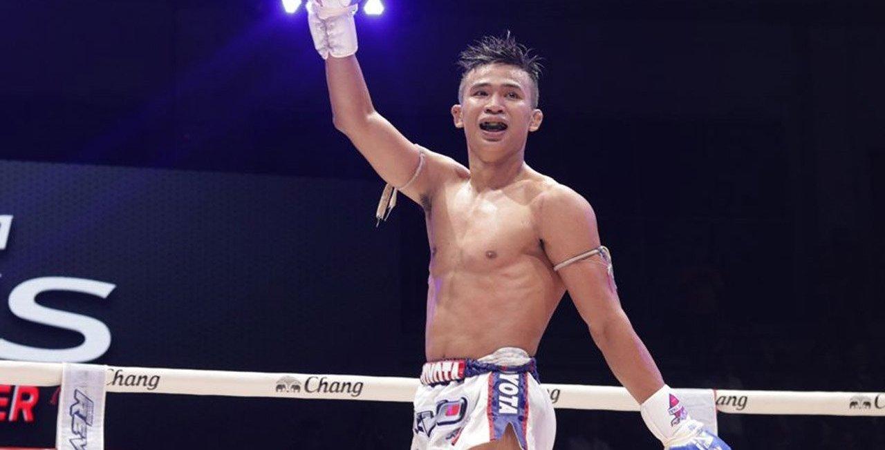 Superlek vs Rungkit - Petchyindee Muay Thai
