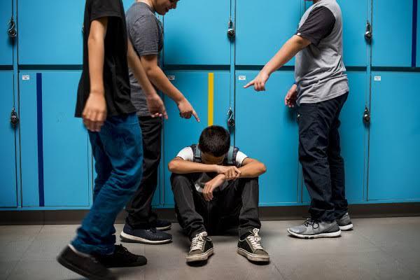 Estudo mostrou a realidade do bullying entre crianças e adolescentes nas escolas brasileiras - Fight & Smart