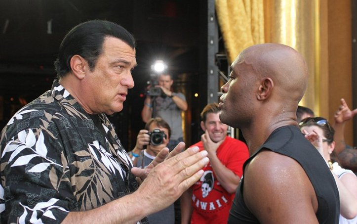 https://i1.wp.com/fightstate.com/wp-content/uploads/2015/07/steven-seagal-anderson-silva.jpg?w=723