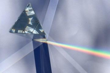 STEAM KIDS< light, prism play, Wee Warhols, Austin, art class, STEM, STEAM