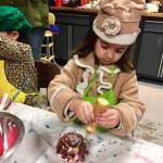 kids craft cupcake, diy, decorate fake cupcakes, process art, kids crafts, Wee Warhols, Austin, Texas, birthday craft
