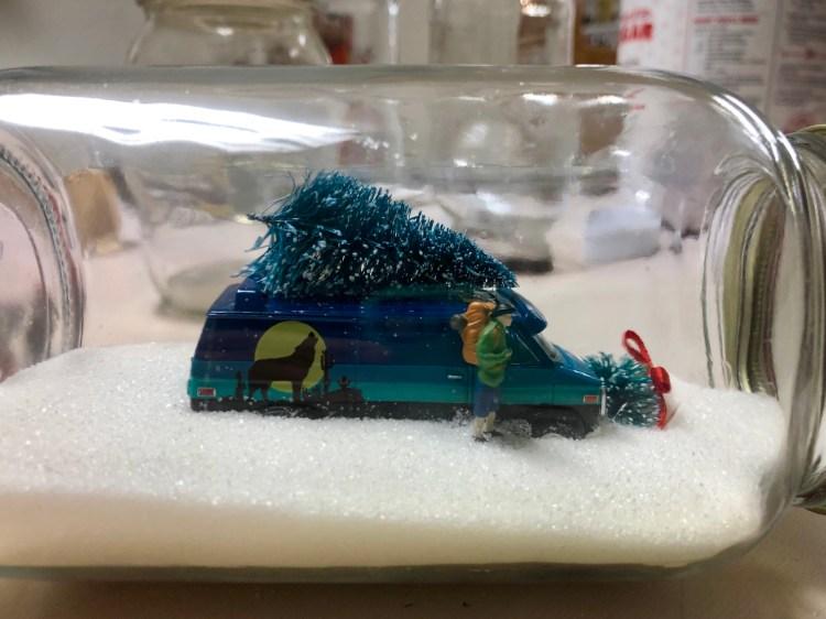 Figment Creative Labs, Austin TX, Snow Globe, Holiday Craft, Christmas Craft, Winter Craft, Easy DIY