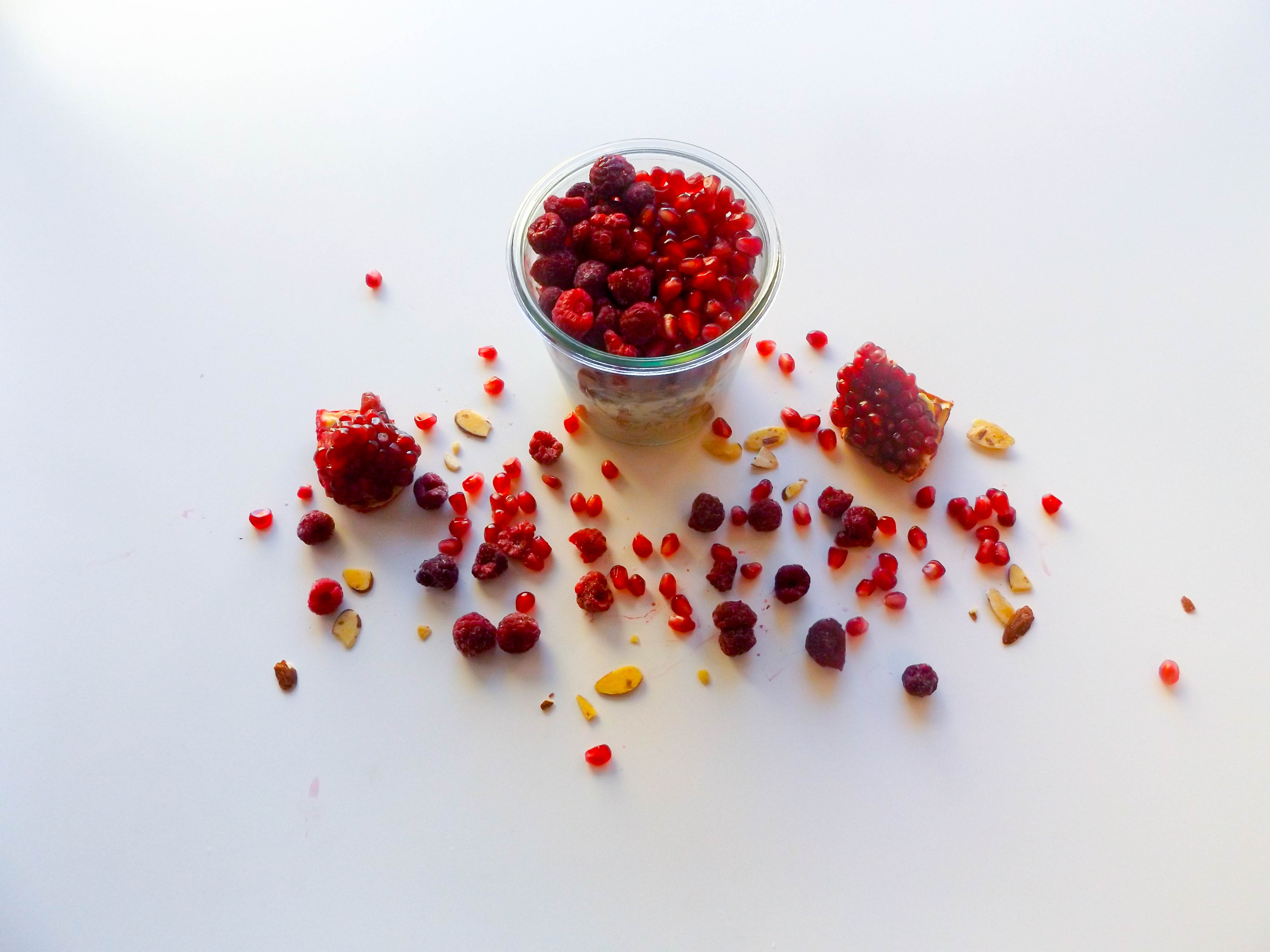 Overnight Oats with Pomegranate & Raspberry