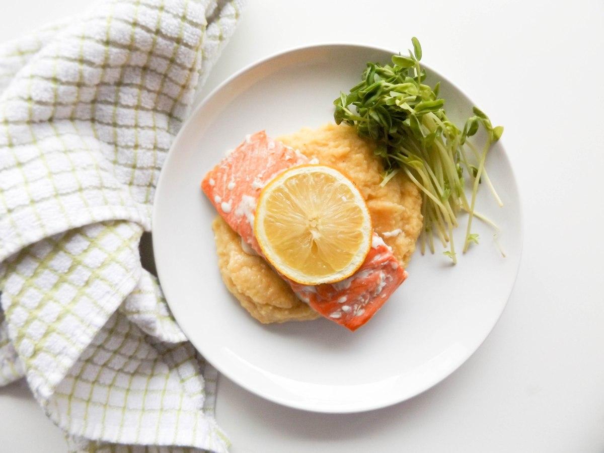 salmon with cauliflower puree (1 of 1).jpg