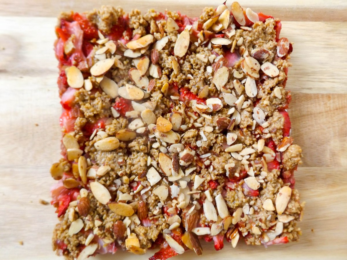 strawberry oatbars (1 of 1)-3