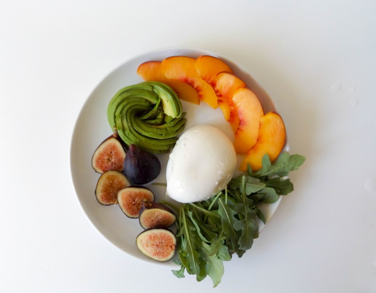 fig avo buratta nectarine salad (1 of 1)-4