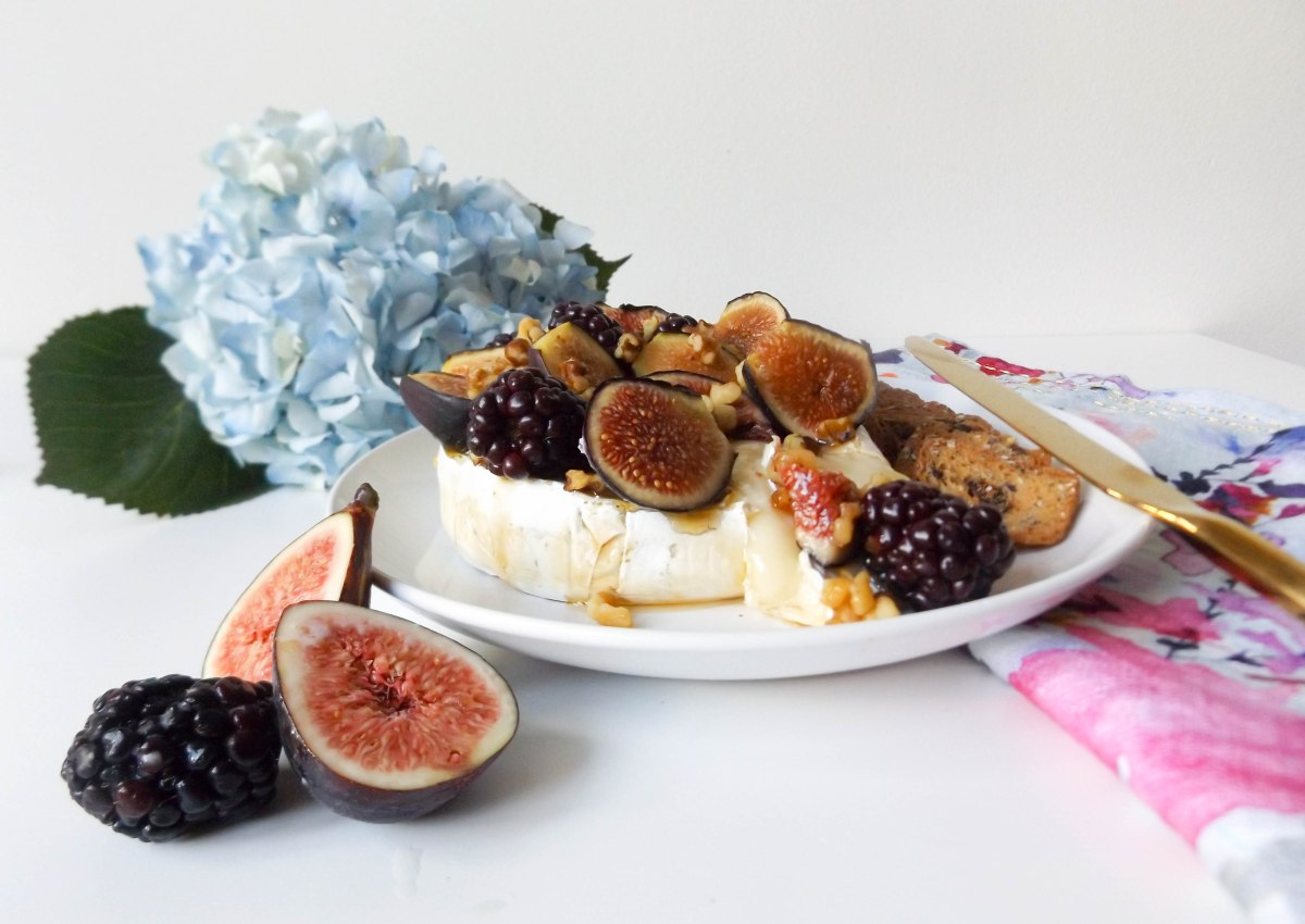 fig & blackberry baked brie (1 of 1)-4
