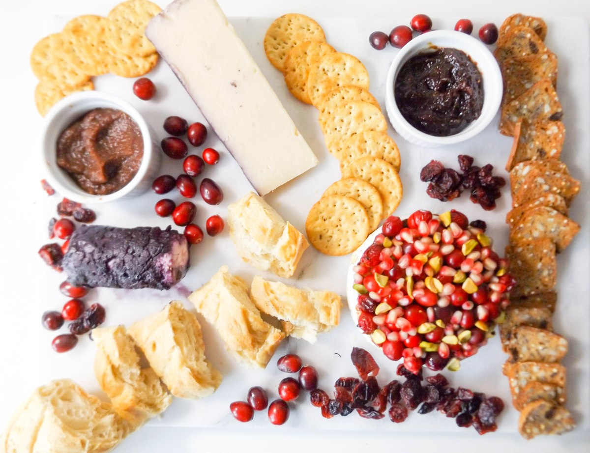 pom-cran-brie-cheese-plate-1-of-1-5
