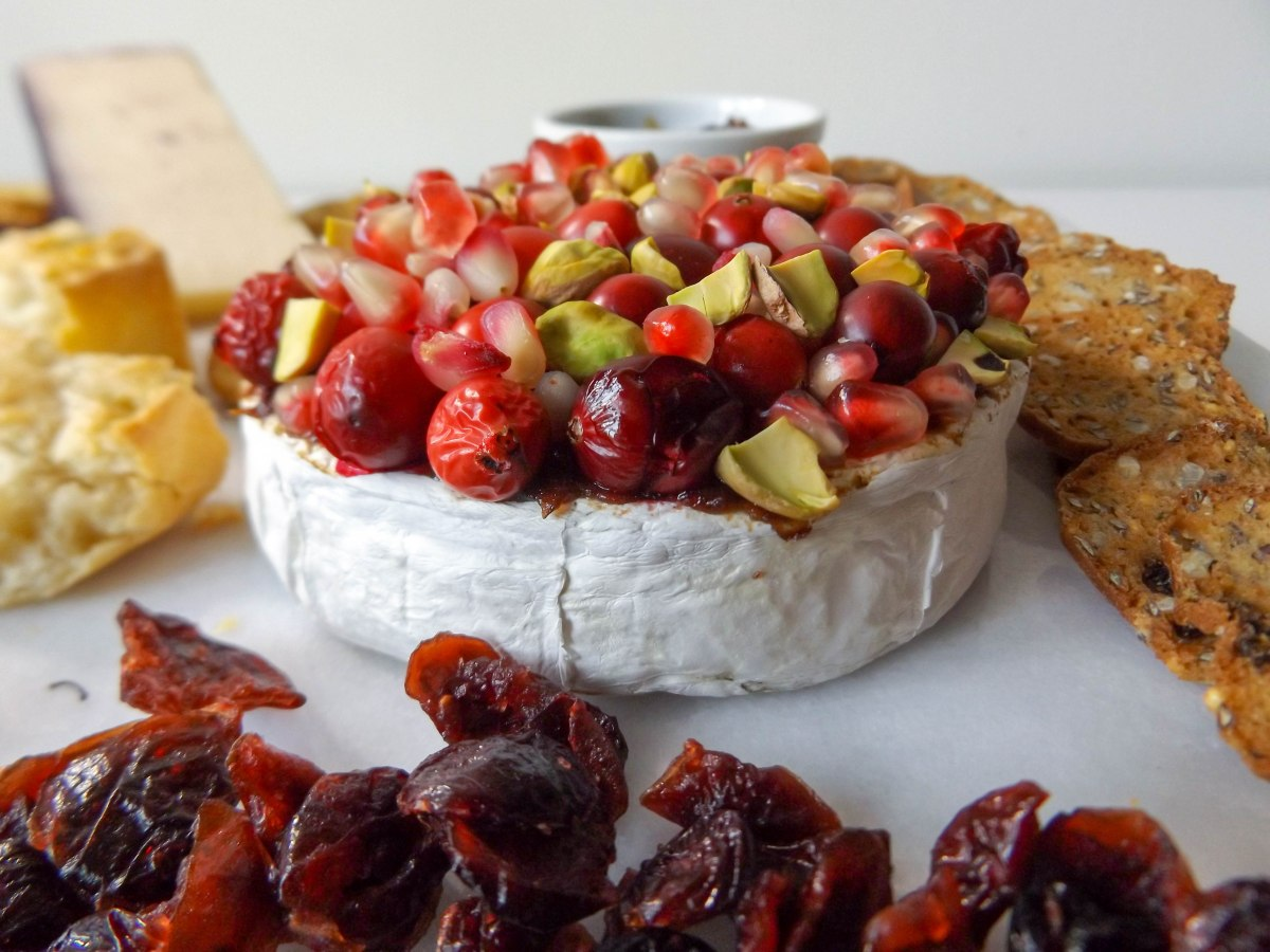 pom-cran-brie-cheese-plate-1-of-1-7