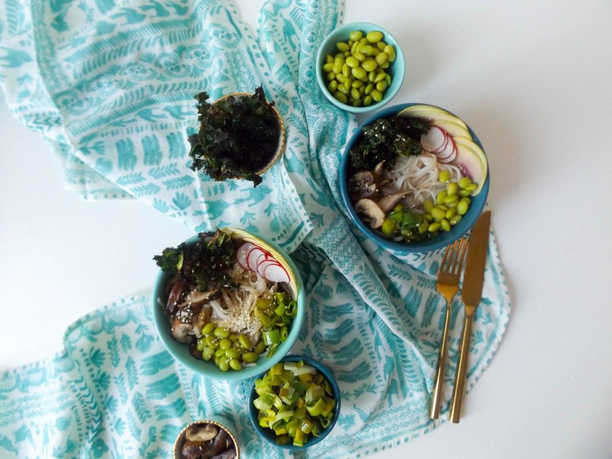 peanut rice noodle veggie bowls copy