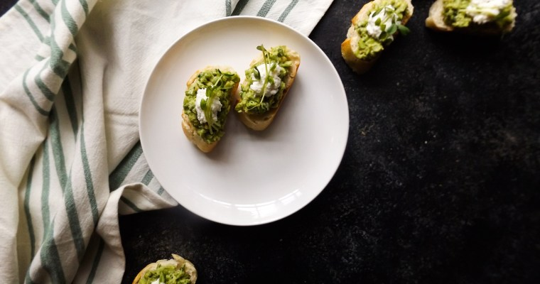 Avocado Pea Crostini with Ricotta