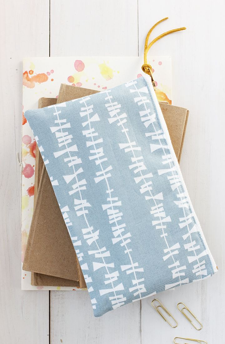 Diy Sewing Projects Diy Pencil Pouch Sewing Tutorial Crafty Diy Sewing Projects For