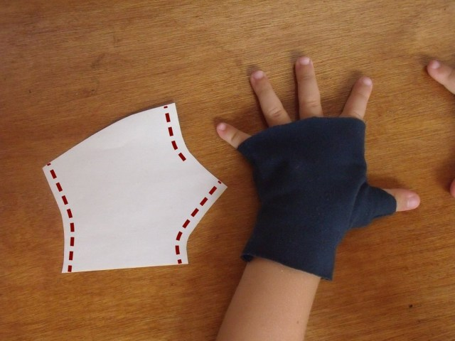 Glove Sewing Pattern How To Make Fingerless Mittens