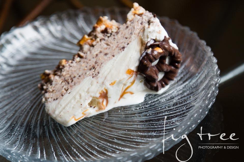 Pretzel ice cream cake