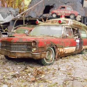 Unmissable Art Issue 4 - Jens Trenkle abandoned Cadillac
