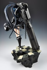 figyura_review_007_black_rock_shooter_360_04