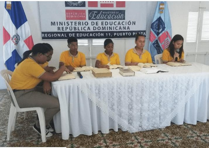 Regional de Educación 11 de Puerto Plata realizó «Maratón de lectura Bíblica»