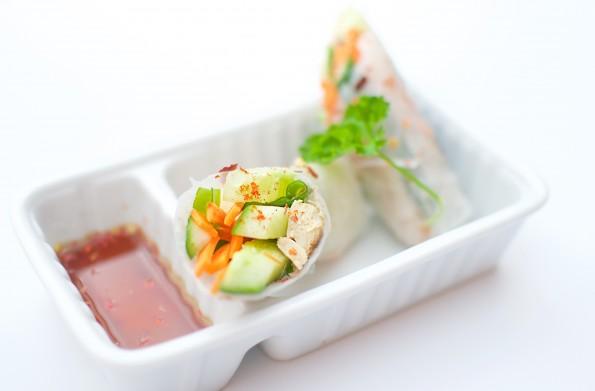vietnamese lenterol maken vietnamese lente rol Vietnamese keuken Vietnamees gerecht vientamees eten springrolls met vis springrolls met kip springrolls maken rijstvellen maken recept vietnamese lenterol recept gui coun lenterol saus gui coun maken goi cuon