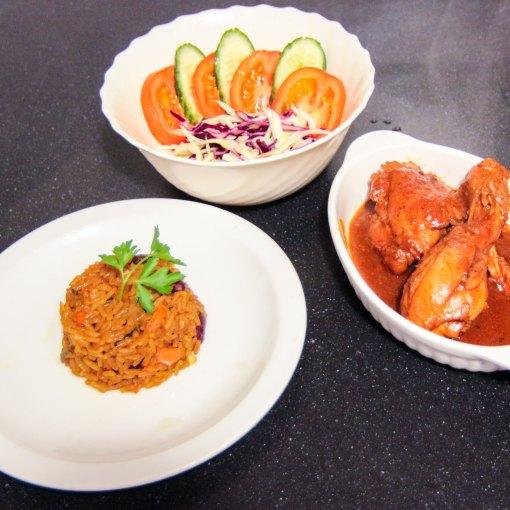 rijst recept rijst gerecht rijst en kip rijst Morro moro gestoofde kip. Dominicaanse keuken Dominicaans gerecht Domicaans eten bonen en rijst bonen Arroz morro arroz moro arroz