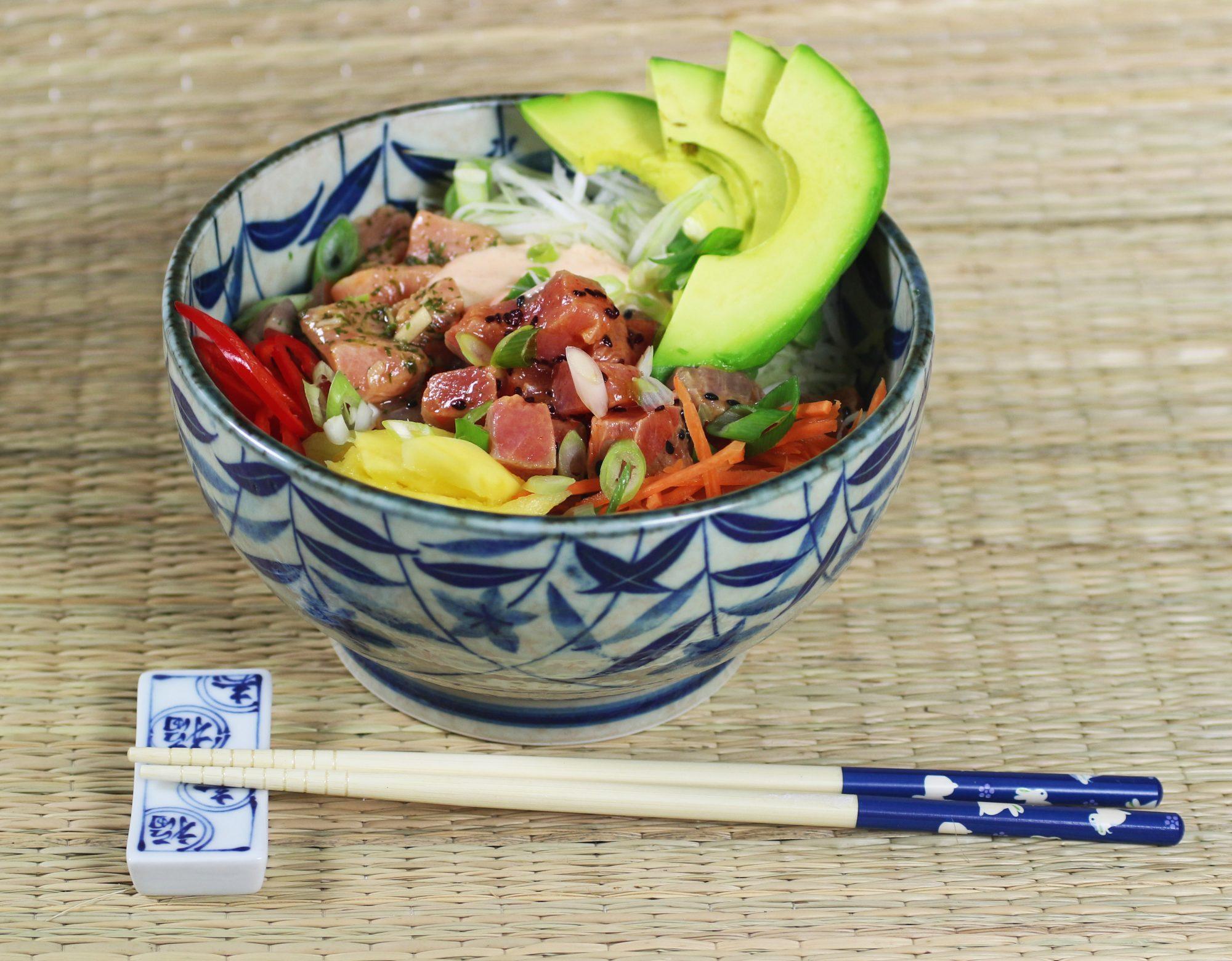 poke bowl sushi bowl