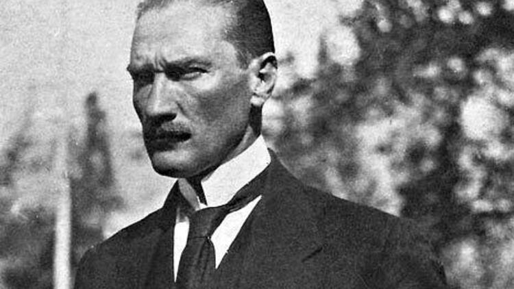 Atatürk, gazi, kurucu, kahraman, kurtuluş savaşı, ernest hemingway