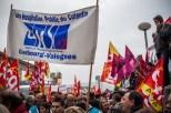 C'est donc une manif classique qui se déroule sur place : les syndicats mènent la danse, et entendent bien conserver le monopole de la contestation.