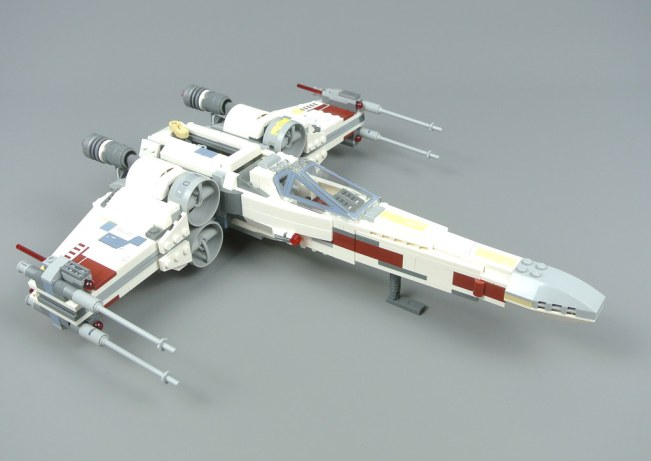 LEGO X-Wing Starfighter - 10