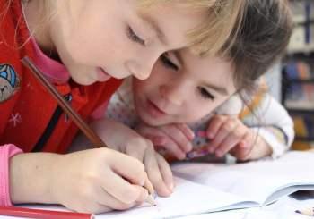 """Campania ,,Trimite un copil sărac la școală!""""- ediția a IV-a"""