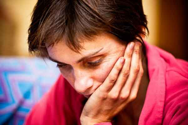 A boldogtalanság legyengíti az immunrendszert és elősegíti a rákos sejtek megjelenését!