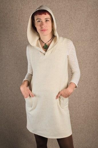 robe laine mérinos blanche capuche et poches