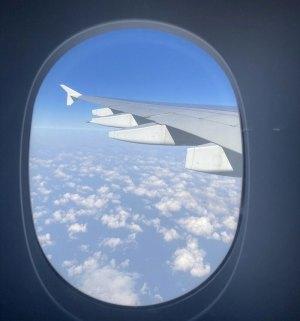 """[르포] """"일등석 언제 시도 해볼래""""A380 '스카이 호텔'비 착륙 편도 매진"""
