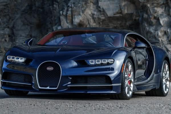 The angular front of the Bugatti Chiron