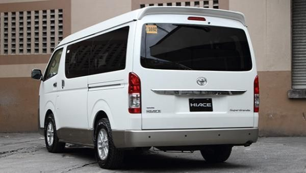 Toyota Hiace 2017 angular rear