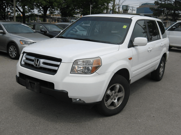 Angular-front-of-the-Honda-Pilot-2006