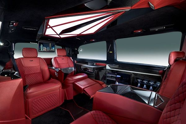 the-comfortable-chairs-inside-the-Klassen-Mercedes-viano