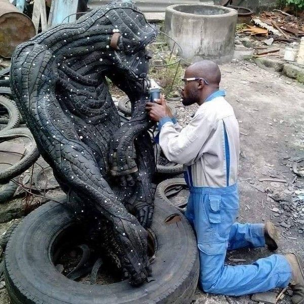 tire-art-sculpture