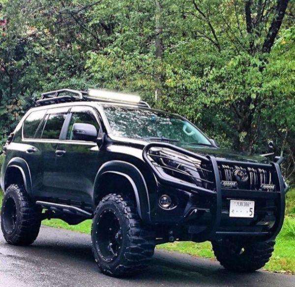 An-armoured-jeep-vehicle
