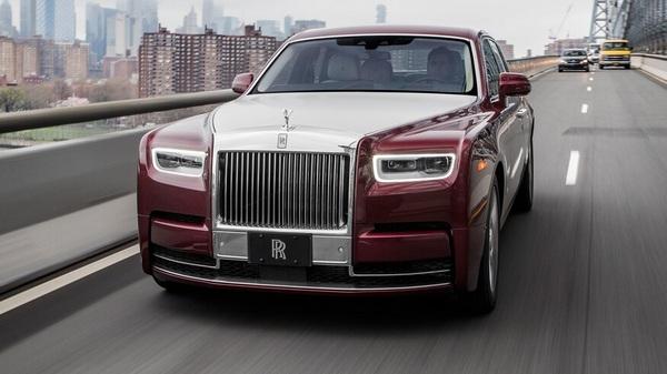 a-red-2019-rolls-Royce-phantom-on-the-road