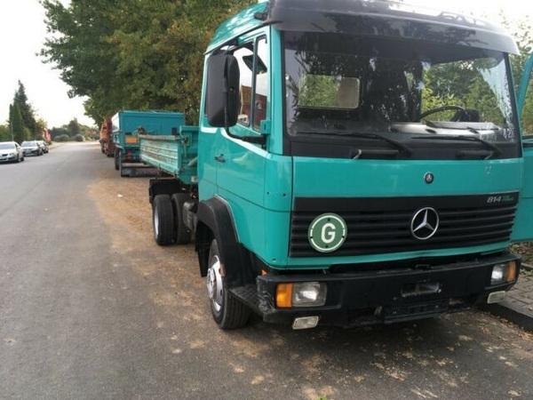 angular-front-of-a-Mercedes-Benz-truck