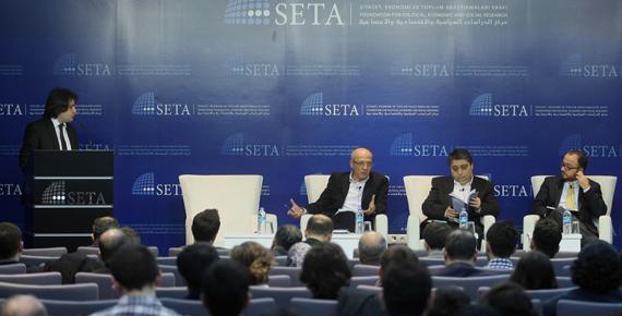 Dış Habercilik SETA'da Tartışıldı