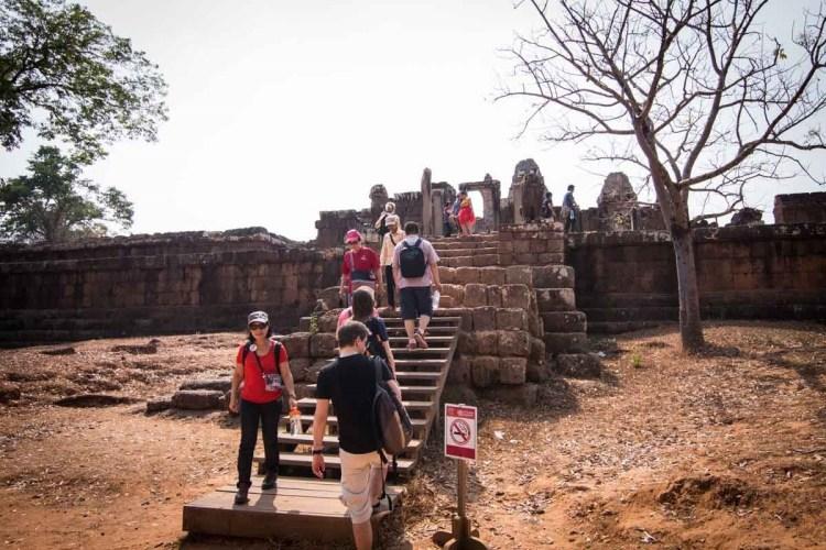 東梅蓬寺(East Mebon)